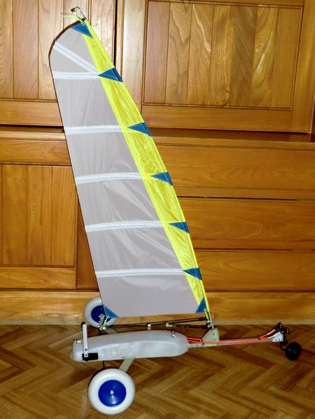 Char A Voile Rc